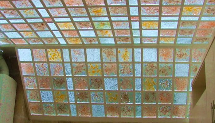 شیشه دکوراتیو در طراحی نورگیرهای سقفی
