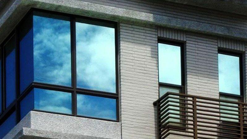 شیشه رفلکس و معرفی انواع آن